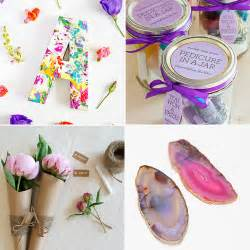 gifts for bridesmaids diy bridesmaid gifts popsugar smart living