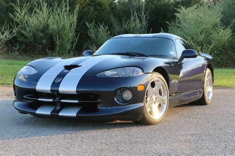 19k-mile 2001 Dodge Viper Gts For Sale On Bat Auctions