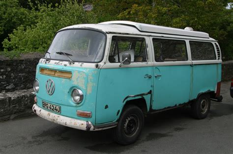 volkswagen microbus volkswagen microbus amazing pictures video to