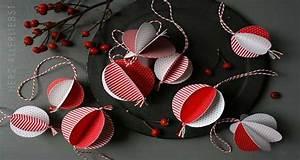 Fabriquer Un Sapin De Noel En Carton : fabriquer boules d co no l en carton rouge et blanc ~ Nature-et-papiers.com Idées de Décoration