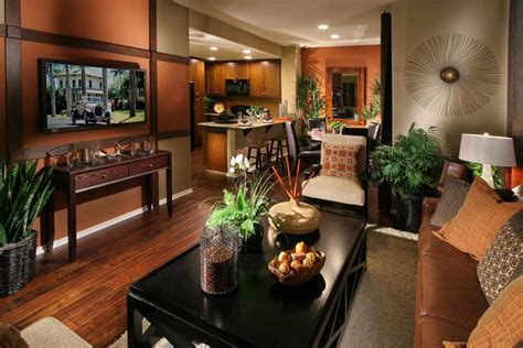 Room Wall Decorating Ideas by Empty Home S Don T Sell Fast Lifestyle Luxury Properties