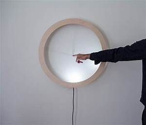Led Uhr Wand : timely touch hidden clock is illuminated with a push gadgets science technology ~ Whattoseeinmadrid.com Haus und Dekorationen
