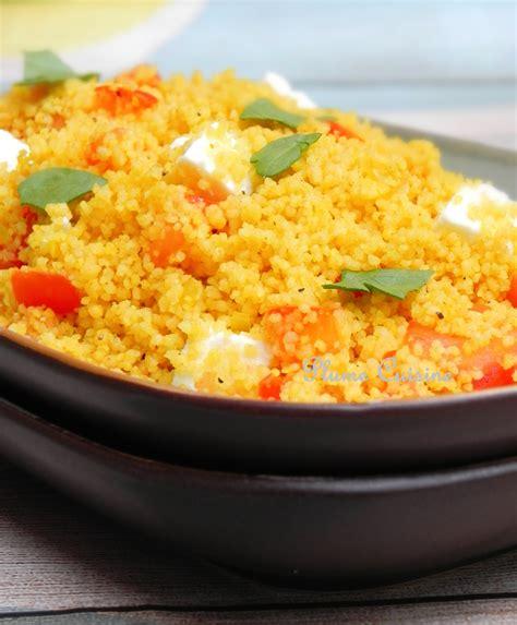 cuisiner le couscous semoule de couscous avec curry et feta une plume dans la
