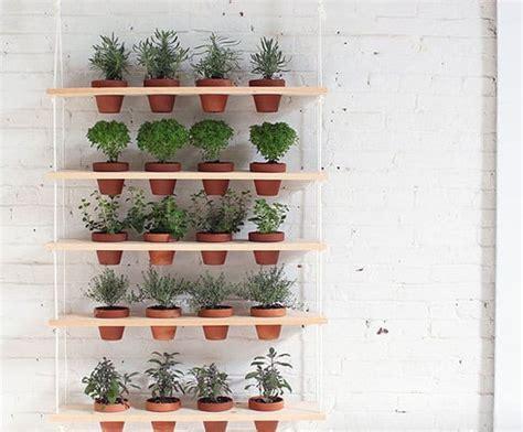 genius vertical gardening ideas  small gardens