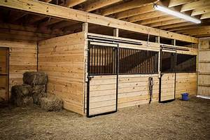 Horse stalls horse barn building materials from ab martin for Barn building supplies