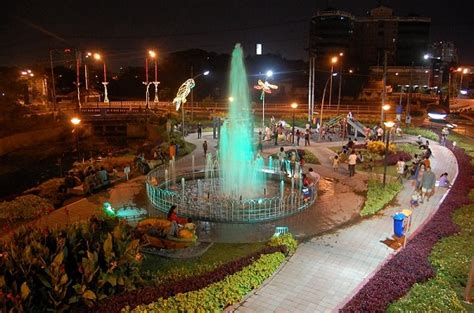tempat wisata malam  surabaya  hits