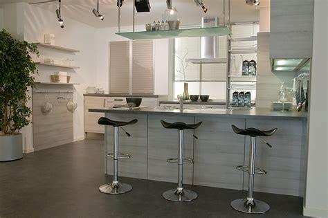 cuisine effet bois aménager une cuisine moderne effet bois structuré