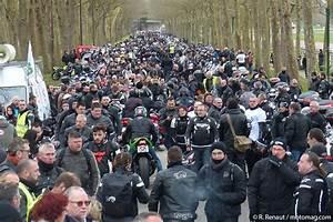 Manifestation Motard 2018 : 4000 motards caen en opposition aux 80 km h moto magazine leader de l actualit de la moto ~ Medecine-chirurgie-esthetiques.com Avis de Voitures