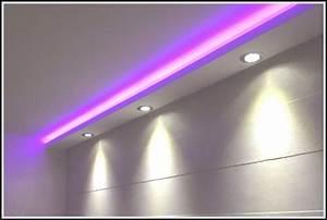 Led Indirekte Beleuchtung Decke : indirekte beleuchtung decke led beleuchthung house und dekor galerie lr45zmmzbw ~ Frokenaadalensverden.com Haus und Dekorationen