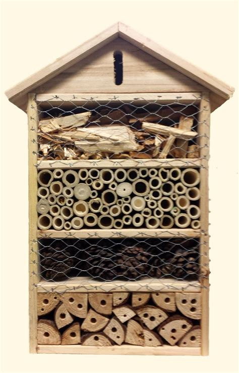 The 25+ best Bee house ideas on Pinterest Mason bees