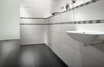 Badezimmer Fliesen Matt by Badezimmer Weiss Matte Fliese Wohndesign