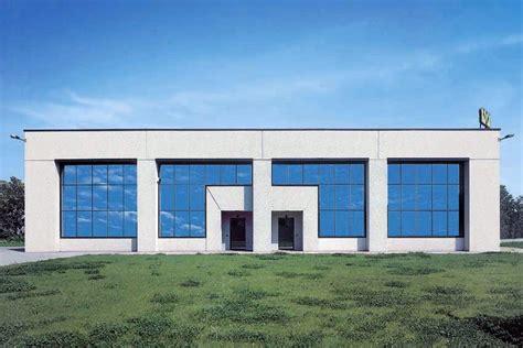 costo costruzione capannone prefabbricato foto capannone prefabbricato con pannelli in ghiaietto di