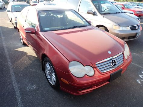 Initial engines included the c 180 (139 ps), c 220 (143 ps), c 200 kompressor, and c 230 kompressor. 2003 Mercedes-Benz C230 - Speeds Auto Auctions