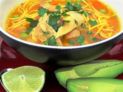 chicken noodle soup sopa de pollo  pasta  colombian
