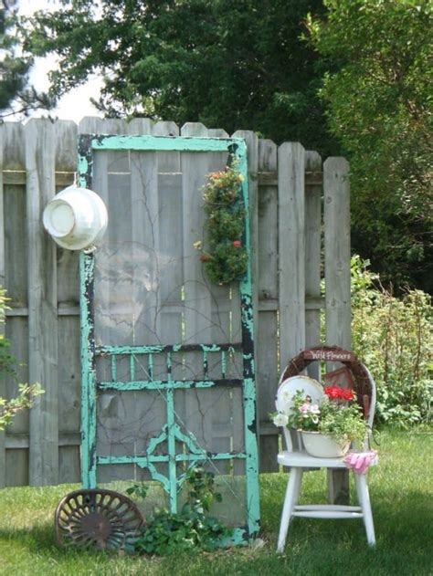 she transforms her broken old screen door into an amazing living room addition so cool