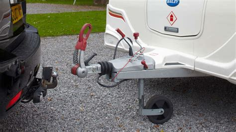 Caravan Tow Hitch Types