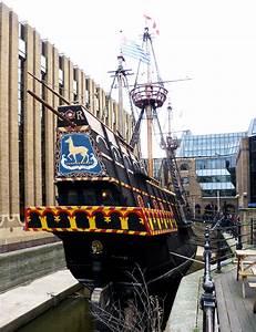 File Golden Hinde  Galleon  Southwark Jpg