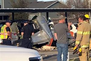 Accident Parking Sans Tiers Identifié : vintage world war ii plane crashes into an apartment parking lot killing 2 in fredericksburg ~ Medecine-chirurgie-esthetiques.com Avis de Voitures