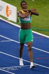 Athlete Caster Semenya - man or woman? (20 pics ...