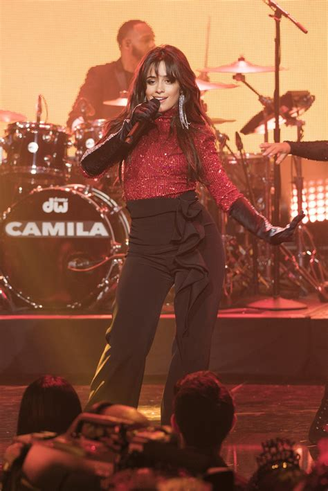 Camila Cabello Shawn Mendes More Performed New Year