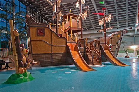 attraktionen rutschen freizeitbad und sauna aquana