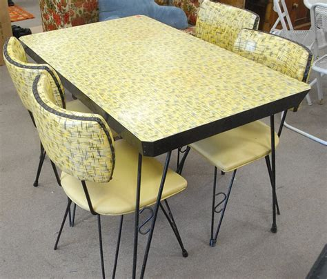 retro kitchen table and chairs canada retro style kitchen table retro style kitchen designs