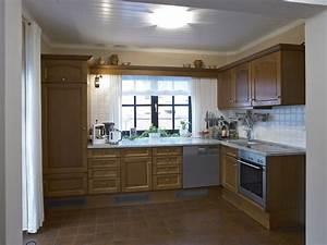 Arbeitsplatte kuche hohe acjsilvacom for Arbeitsplatte küche höhe