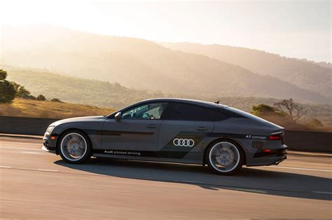 Audi A7 Sportback Piloted Driving Concept Side Profile Photo 6