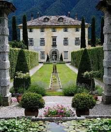 Italian Old Mansion