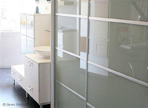 cuisines rangements bains aménager une cuisine ou une salle de bain rangement sur