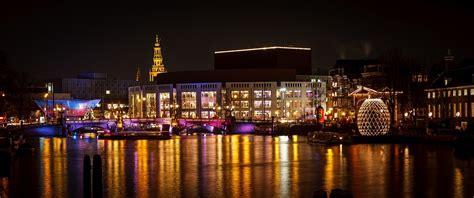 affittare appartamento amsterdam amsterdam si accende con i colori light festival 2018 2019