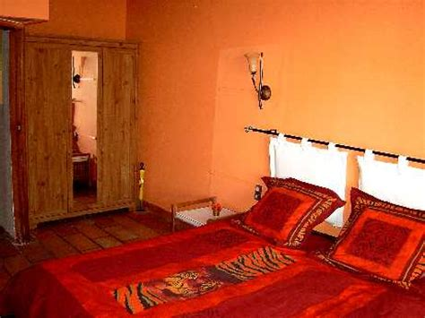 canapé style africain la torona gîte avec piscine