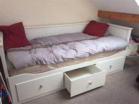 day beds ikea daybed hemnes mattress nazarm Ikea