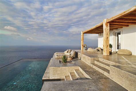 Me Casa E Su Casa by Casa Estiva Sull Isola Di Syros Con Piscina A Sfioro Vista