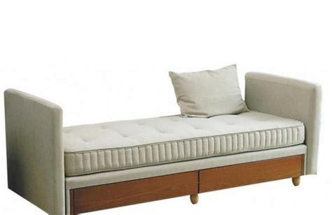 canapé simmons lit à tiroirs kangourou simmons méridienne ou canapé lit
