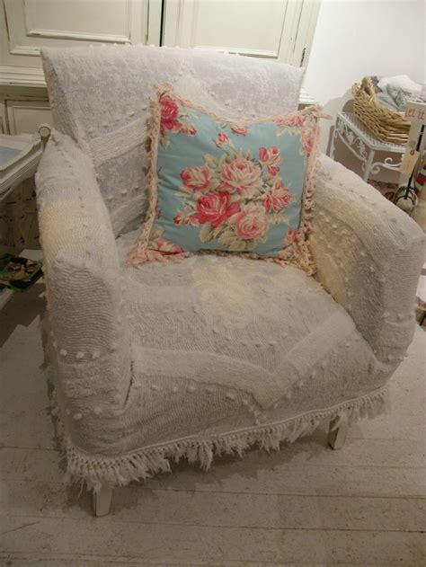 Shabby Chic Sessel by Custom Shabby Chic Chair S Vintage Chenille Bedspread