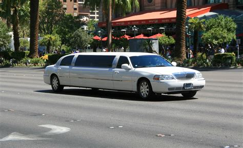 Lax Limousine by Fichier Limousine Las Vegas Jpg Wikip 233 Dia