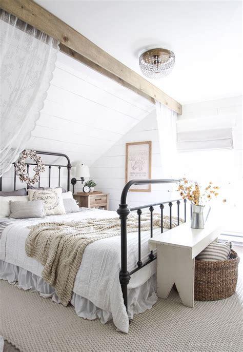 1000 ideas about modern farmhouse bedroom on farmhouse bedrooms modern farmhouse