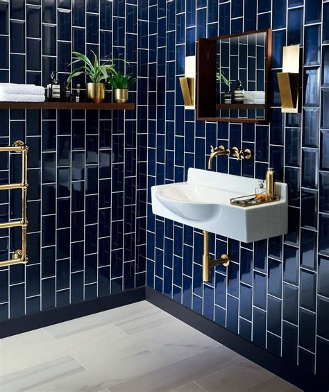 Badezimmer Fliesen Blau by Blue Metro Or Subway Tile Shiny And And
