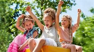 Spiele Für Draußen Kindergeburtstag : spiele bonnyprints magazin ~ Frokenaadalensverden.com Haus und Dekorationen