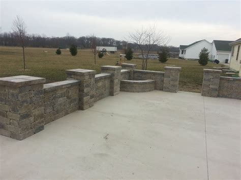 Unilock Old Quarry Patio Wall And Stone Planter With