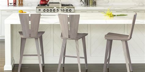 Modern Wooden Counter & Bar Stools