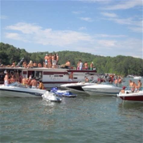 Lake Allatoona Navy Boat Rentals by Illinois Creek Lake Allatoona Acworth Ga Lake