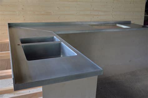 plan de travail en zinc pour cuisine plan de travail de cuisine en zinc vieilli