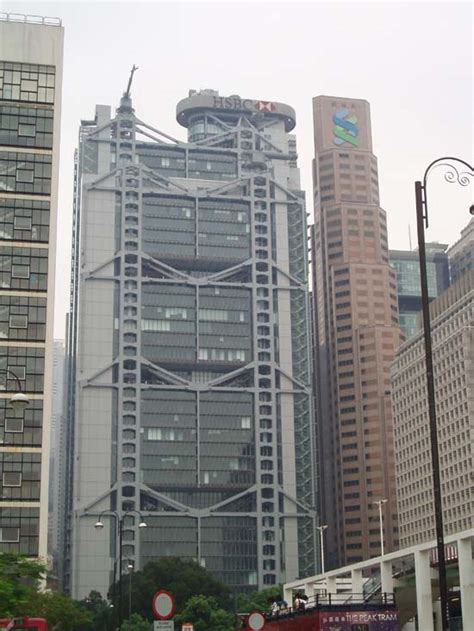 hong kong shanghai bank hsbc building  architect