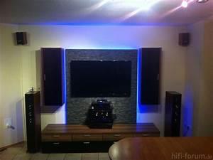 Ideen Tv Wand : wohnzimmer ideen tv wand ~ Lizthompson.info Haus und Dekorationen