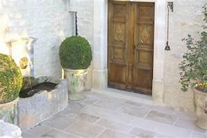Portes anciennes vieilles portes en bois creation et for Porte d entrée provencale