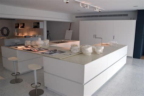 cuisine showroom in 39 concept cuisine à toulouse cuisiniste toulouse