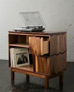 le meuble dappoint ponctuez votre interieur avec gout With meuble pour entree de maison 13 la deco de la maison objets en bois archzine fr