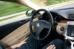 Volkswagen La Teste : volkswagen teste la conduite semi automatique ~ Medecine-chirurgie-esthetiques.com Avis de Voitures